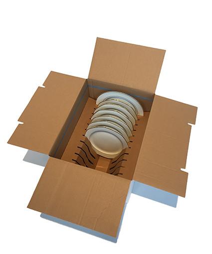 umzugskarton geschirr und teller geschirr sicher z geln. Black Bedroom Furniture Sets. Home Design Ideas